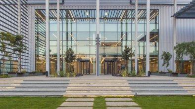 Κατασκευή του Piraeus Port Plaza 1 από υλικά Isomat